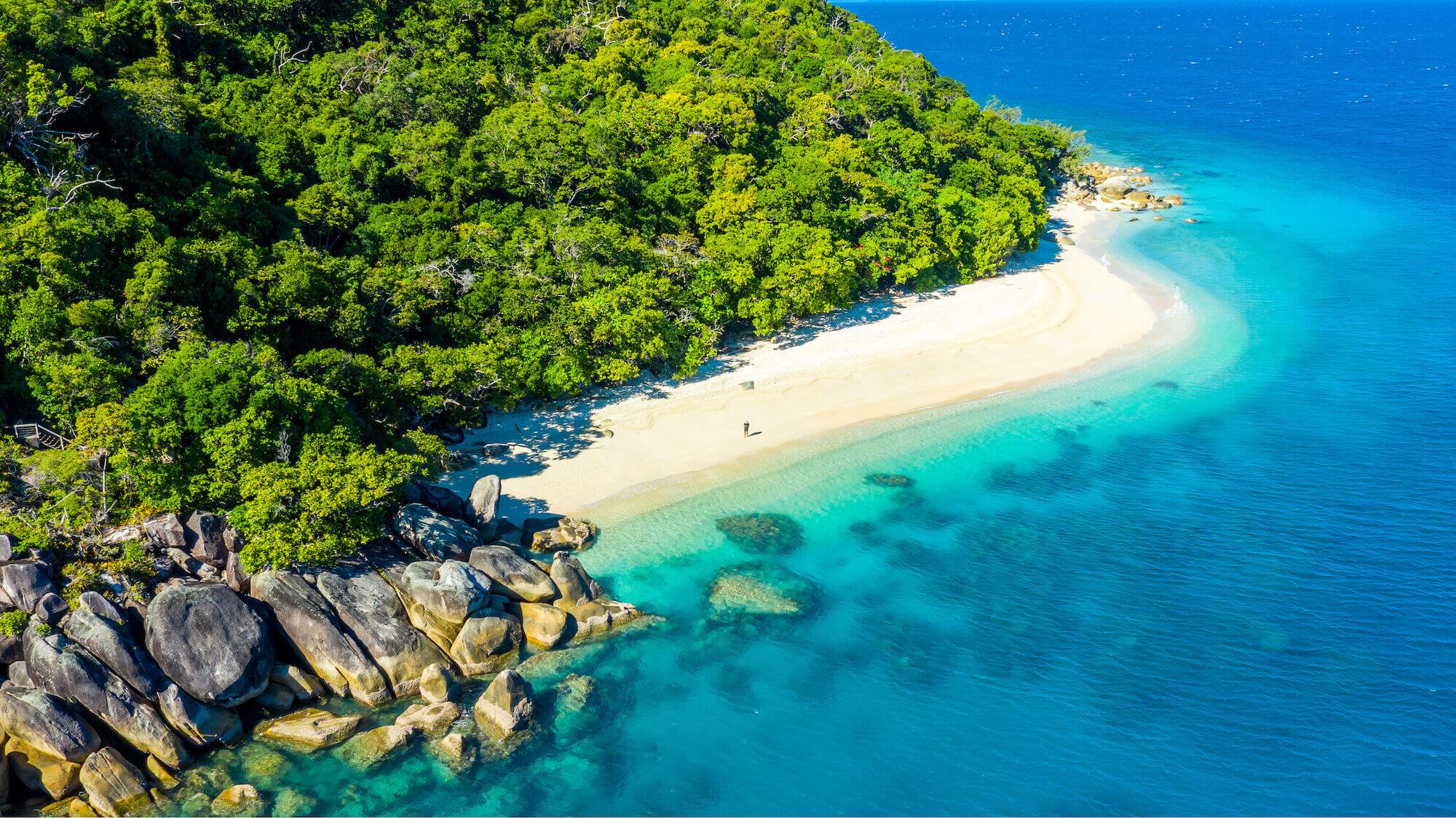 fitzroy-island-resort-midweek-special